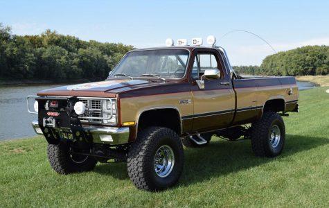 VU Automotive Club auctions truck