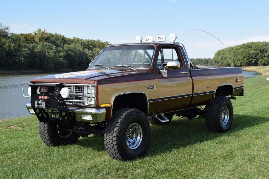 VU+Automotive+Club+auctions+truck