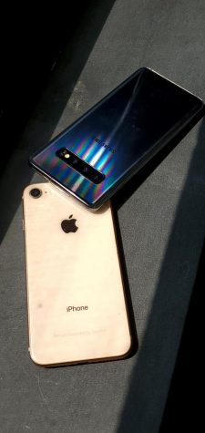 iPhone vs. Samsung: A look at cell phone cameras